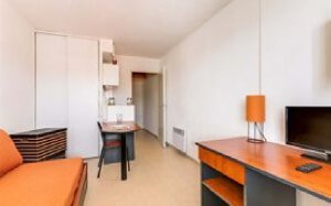 Toulouse Accommodation Package 1